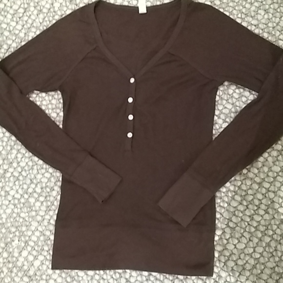 Old Navy Tops - Brown long-sleeved henley